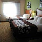 Room 405 beds