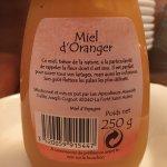 Petit déjeuner miel espagnol industriel souvent synonyme de contrefaçon