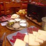 Raclette mixte et 3 montagnes, crêpe myrtille