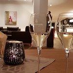 Photo de Hotel Cristal