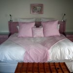 Bed and Breakfast - The White Mussel Room