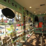 Barefoot Beach House: Good for Coffee ... and Shopping