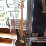 Phil lynott's famous mirrored bass