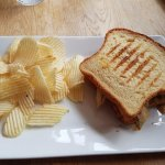 sandwich and chips