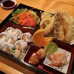 Kurata dinner bento w/ Alaska roll