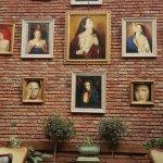 Sacred House Foto