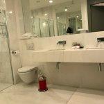 bathroom of the double room A41b
