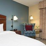 Photo of Hampton Inn & Suites Bloomington-Normal