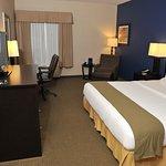 Photo of Holiday Inn Express Ashland