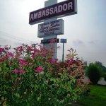 Ambassador Inn & Luxury Suites Foto