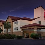 Photo of Red Roof Inn & Suites Savannah
