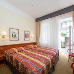 Photo de Hotel 16