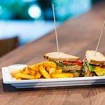 Vegi Club Sandwich