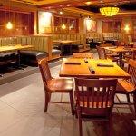 Photo of Holiday Inn & Suites Front Royal Blue Ridge Shadows
