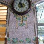 Incluso el reloj goza de detalles hermosos