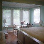 River Lily Inn Bed & Breakfast Foto
