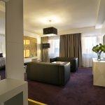 Platinum Palace Hotel Foto