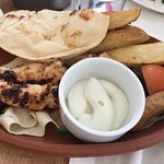 صورة فوتوغرافية لـ مطعم وكافيه العنب بيروت
