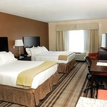 Photo de Holiday Inn Express & Suites Cambridge