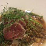 Tuna appetizer over lentils