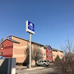 Photo de Americas Best Value Inn & Suites - St. Charles / St. Louis