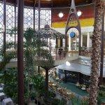 Le hall de l'hôtel est tout simplement magnifique.