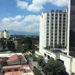 Foto de Clarion Suites Guatemala
