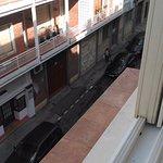 Vista a la calle, tercera planta, habitación 316