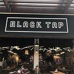 صورة فوتوغرافية لـ Black Tap Craft Burgers & Shakes- Jumeirah Al Naseem