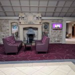 Allingham Arms Hotel Photo
