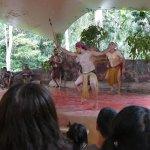 aboriginal dance performance