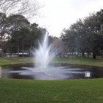 fountains are a good landmark, grounds well cared for!