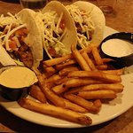 Grilled chicken taco trio