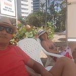 zona semi privada de la playa ..al fondo Decameron cartagena!!!