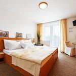 Photo de Hotel Rakovec