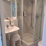 Clean and functional shower room