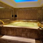 Men's Hot Tub in Spa