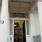 Photo de Melbourne House Hotel