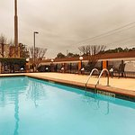 Photo de BEST WESTERN PLUS Arbour Inn & Suites