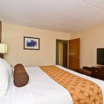 Foto de BEST WESTERN PLUS Arbour Inn & Suites