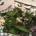 spinach and walnuts