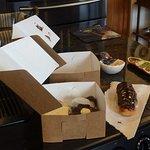 Elé Cake Company