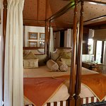 Vanyavilas bed