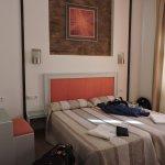Photo de Hotel Dona Lola