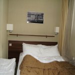 Спальня после установки кровати для ребенка