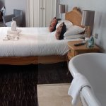 Foto de The Saracens Head Hotel