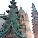 Pináculo y torre