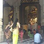 ISKCON Temple - Mumbai Foto
