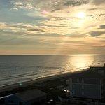 Foto de DoubleTree by Hilton Hotel Atlantic Beach Oceanfront