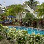 Cooks Bay Villas Photo